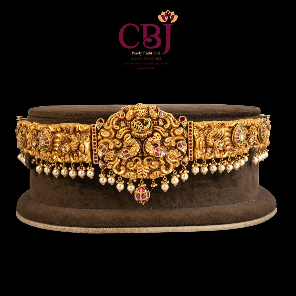 Traditional vaddanam studded with kundan, with an antique finish for an everlasting look.