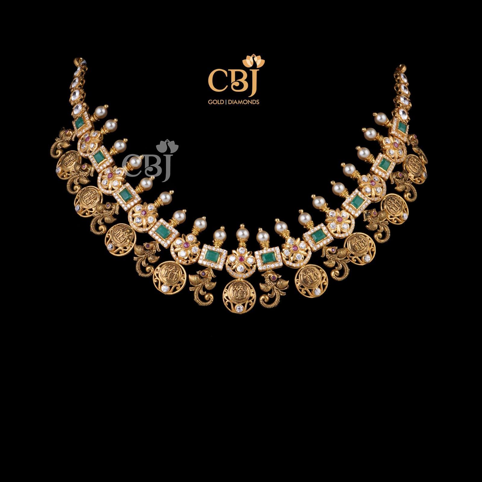 Trivikramaya Short Necklace